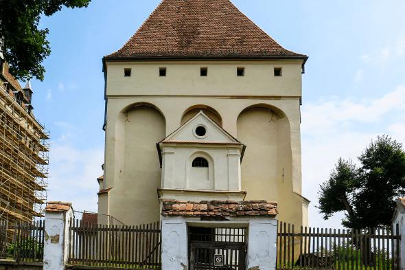 fațadă biserică veche