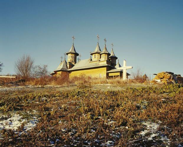 biserica din Huși într-o zi însorită