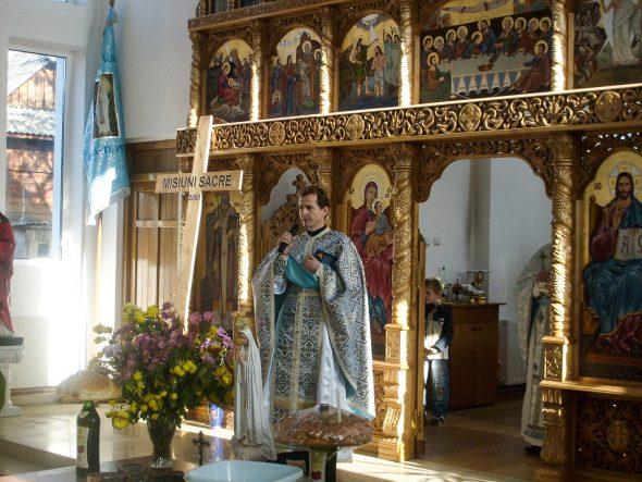 altar într-o biserică greco-catolică