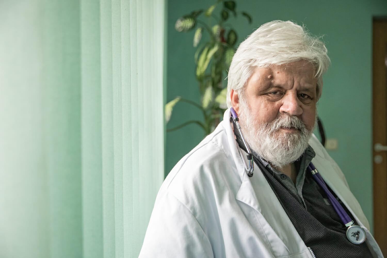 Portretul doctorului Boulescu în cabinet.