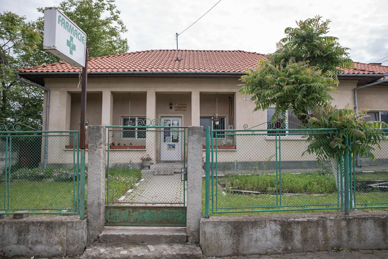 clădirea în care funcționează cabinetul din Lisa