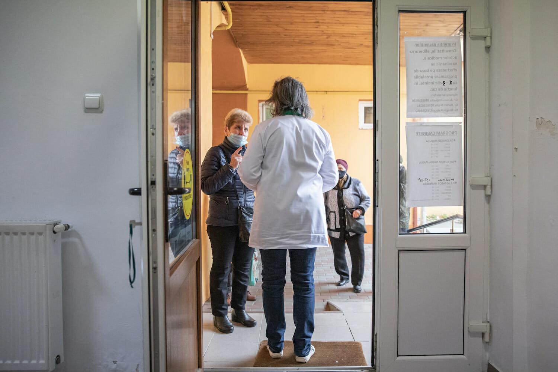 Intrarea în cabinetul dr. Nadia Butum din Ghimbav
